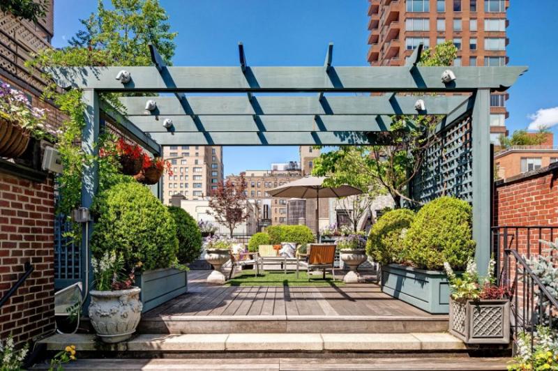 Апартаменты с большой террасой в Манхэттене