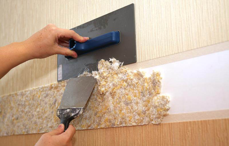 Технология и видео: как клеить жидкие обои на стену