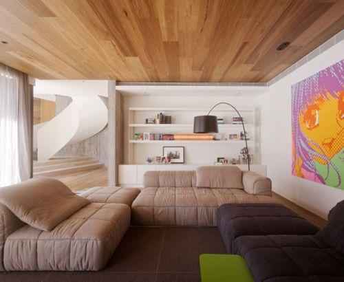 Варианты дизайна потолков в гостиных