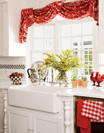 Оригинальные занавески на кухню