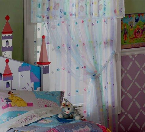 Занавески в детскую комнату