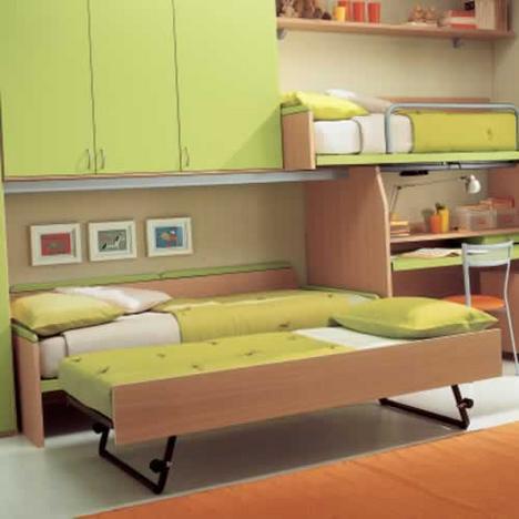 Детские комнаты для троих детей