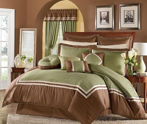 Коричневые спальни