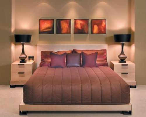 Уютная небольшая спальня