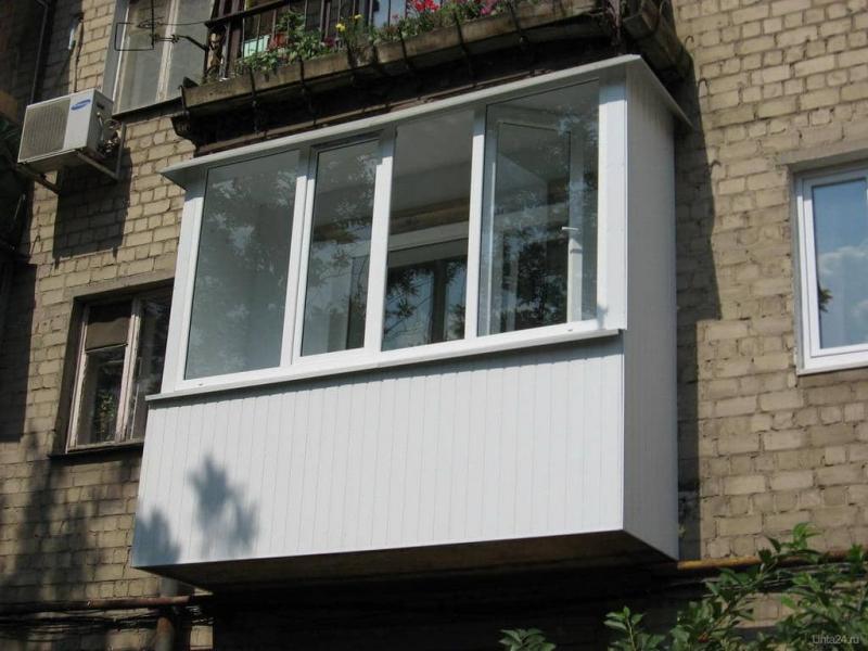 Кто должен ремонтировать балконы в многоквартирном доме