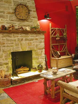 Красные гостиные