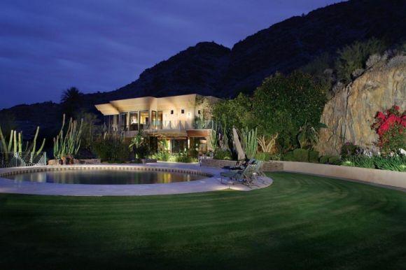 Современный дизайн бассейнов в частном доме