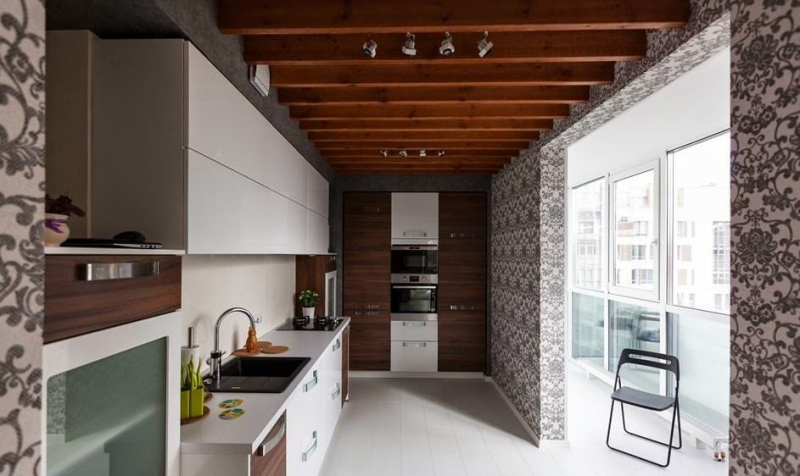 Объединение балкона с комнатой: идеальное решение для маленькой квартиры