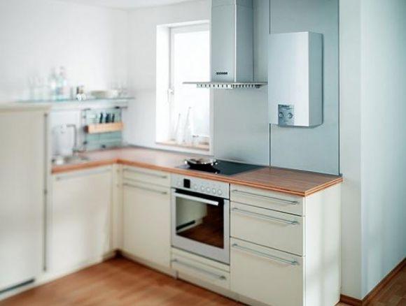 Дизайн интерьера кухни с газовой колонкой