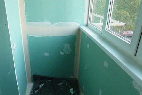 Делаем отделку гипсокартоном стен балкона