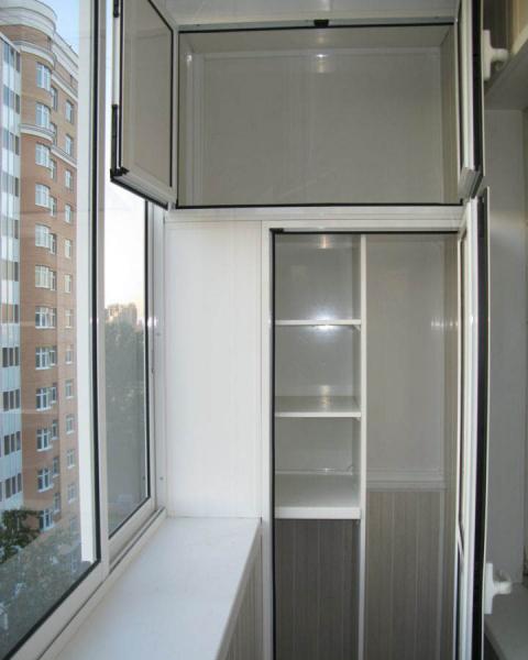 Шкаф на балкон: особенности конструкции и материалов