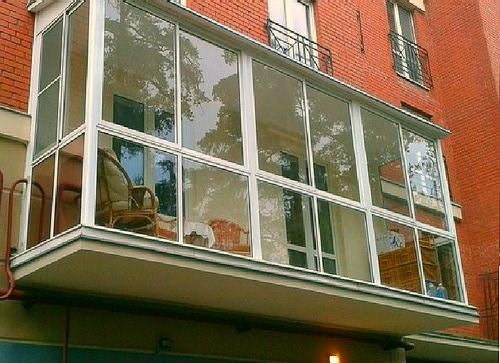 Что такое панорамное остекление балкона, плюсы и минусы